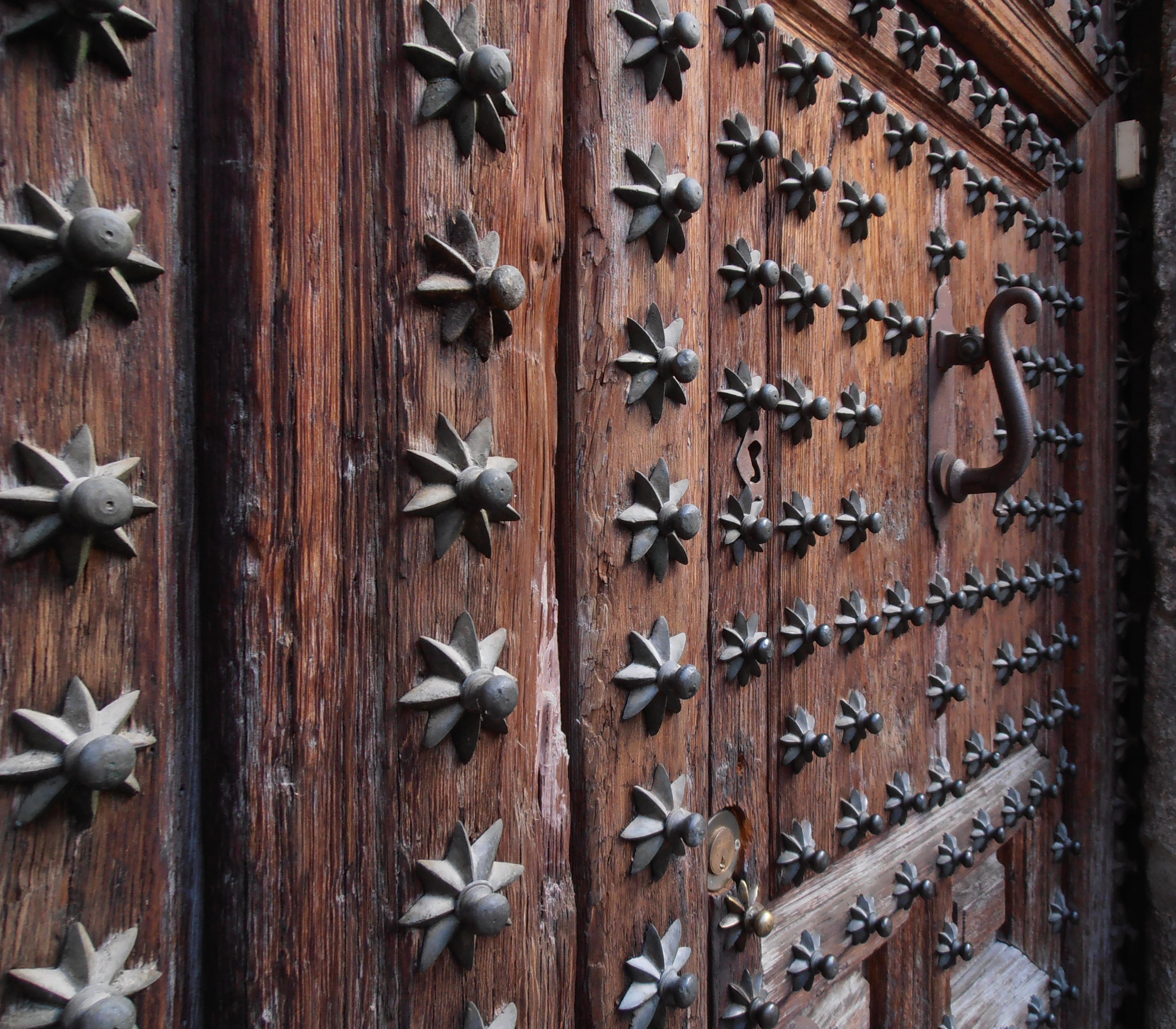Starry starry\u2026 door & The Amazing Doors of Toledo | Lady Of The Cakes