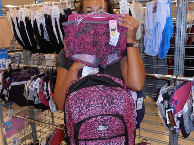 My first day in Key West featured some girly shopping (of course!!!!) and what better purchase to make than a pink leopard print rucksack with a matching pair of knickers