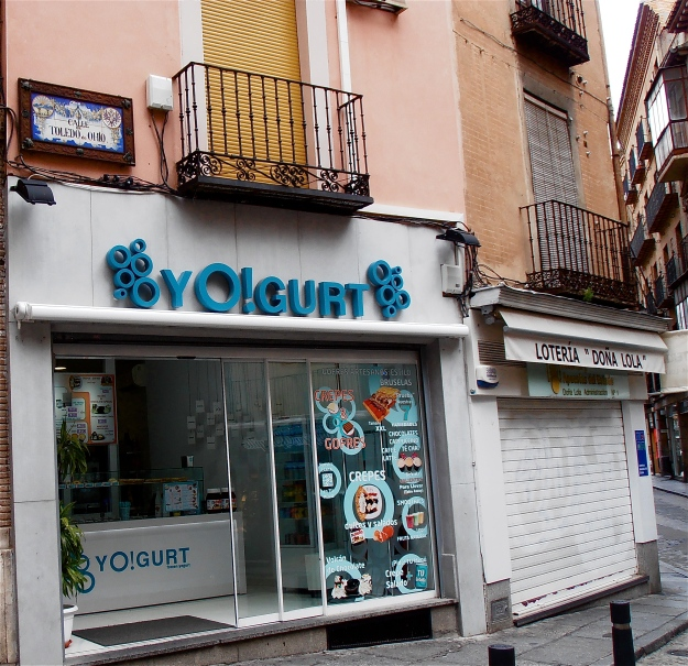 The frozen yoghurt shop gets rather too much business from me... and right next door, a shop selling lottery tickets. Closed right now, but when it's open, there's always a line of people. The Spanish are lottery mad, crisis or no crisis