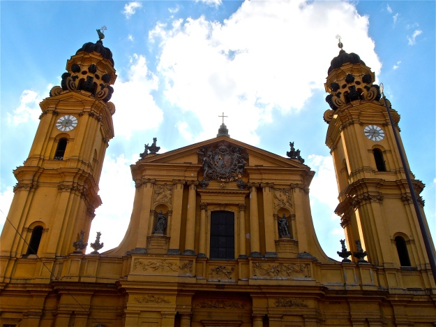 The Theatinerkirche has always looked great in yellow