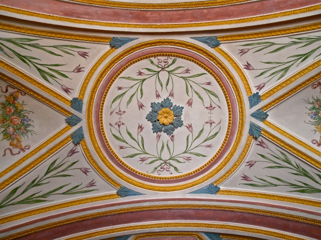The ceiling of the entrance hall is very pretty