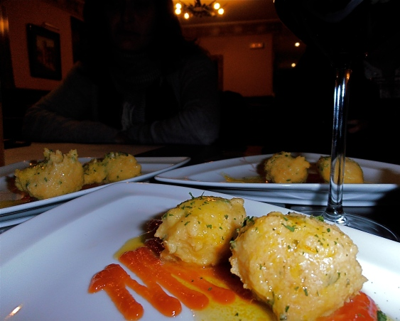 What we had: Bacalao (salt cod) dumplings with saffron and olive oil Verdict: Opinion on this was divided. Olga, who doesn't like bacalao, though it was OK. I found it too fishy (though I like bacalao). Carmen didn't like it at all.