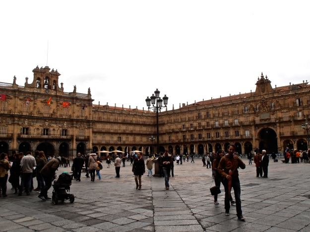 Plaza Mayor Angle Day