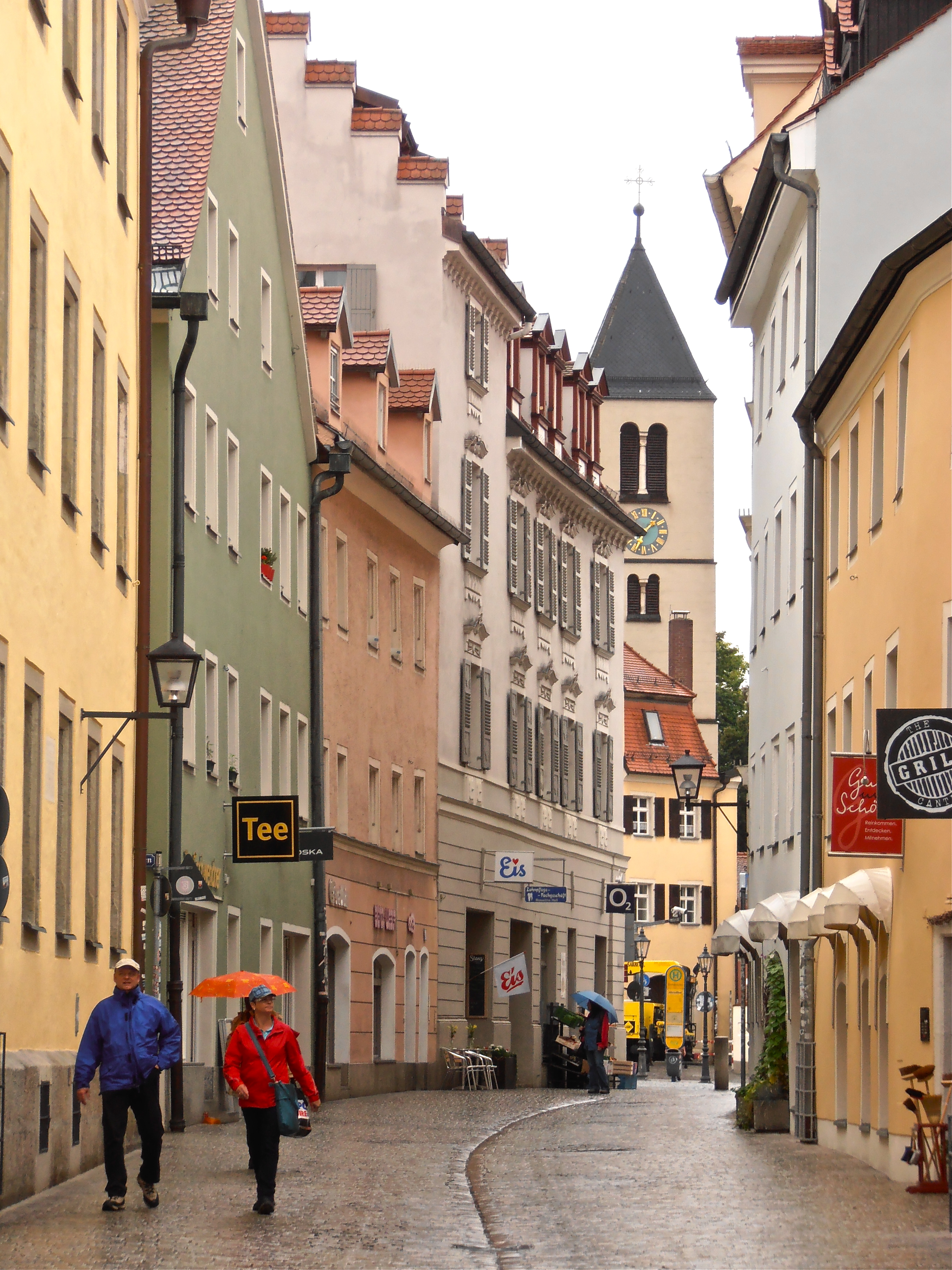 rainy regensburg and skewered sausages lady of the cakes. Black Bedroom Furniture Sets. Home Design Ideas